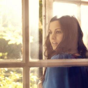 RUMER: LA REENCARNACIÓN DE KAREN CARPENTER (para exquisitos)