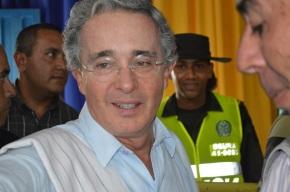 ÁLVARO URIBE Y JUAN MANUEL SANTOS, DOS PERFILES | Periodismo sin Fronteras