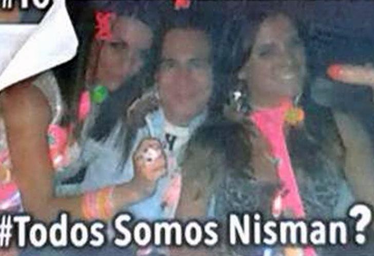 Empapelan Buenos Aires con afiches de Nisman con mujeres