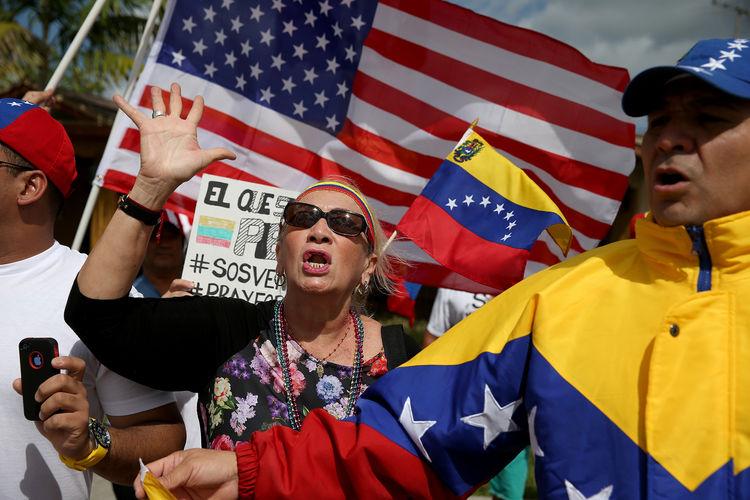 Florida es la línea de nuevo frente en la batalla por Venezuela - Bloomberg Negocio