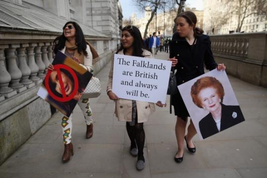 Gran Bretaña utiliza Spy equipo a forma de Opinión Pública Latinoamericana de Malvinas - La Intercepción
