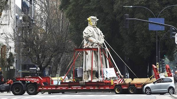 monumento-Colon-Rosada-Costanera-Norte_CLAIMA20150714_0296_28