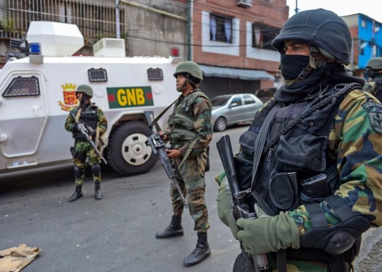225573_venezuela_national_guard_in_caracas