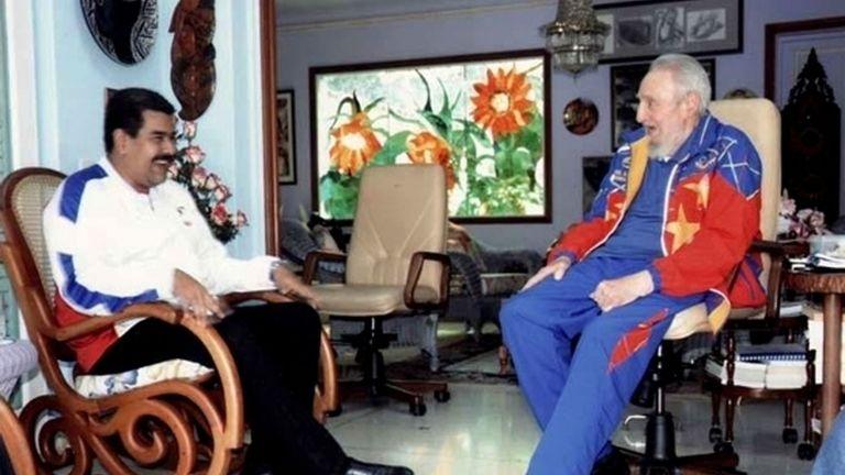 Nicolás Maduro (izqda) y Fidel Castro (dcha) ambos en chándal en uno de sus últimos encuentros