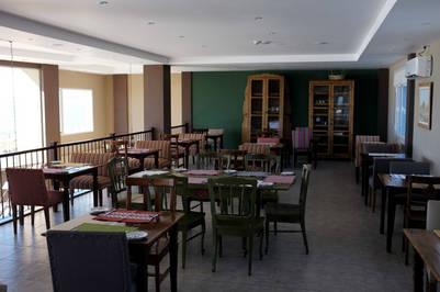 El comedor del primer piso de Las Dunas. Foto Maxi Failla.