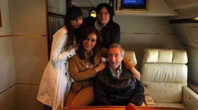 Los peritos analizarán las firmas de Néstor, Máximo y Florencia Kirchner. Foto Archivo Clarín.