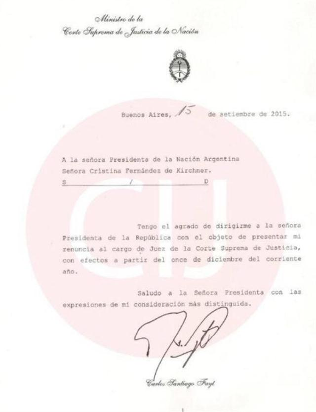 La carta de renuncia que presentó Carlos Fayt el 15 de septiembre de 2015 a Cristina Kirchner