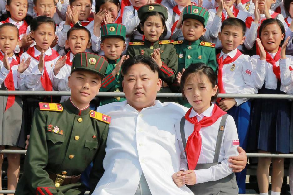 El líder norcoreano Kim Jong-Un durante el acto 'Somos los más felices del mundo', en Pyongyang, el 8 de junio de 2016 (Reuters).
