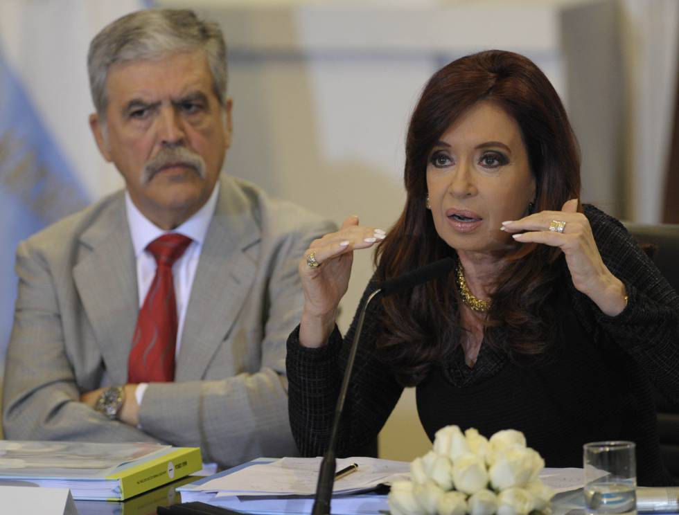 La expresidenta Cristina Kirchner y el exministro de Planificación, Julio De Vido.