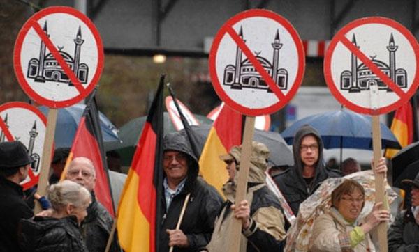 alemanes-contra-el-islam