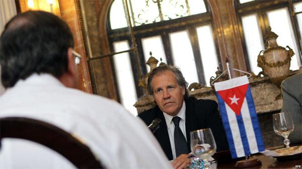 Almagro en aterior viaje a Cuba