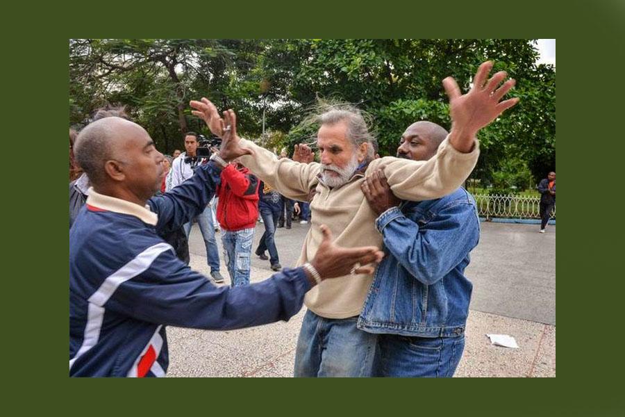 Brutal represión en Cuba