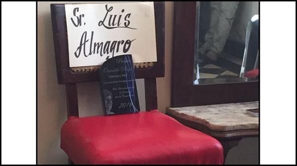 Premio a Almagro silla vacía