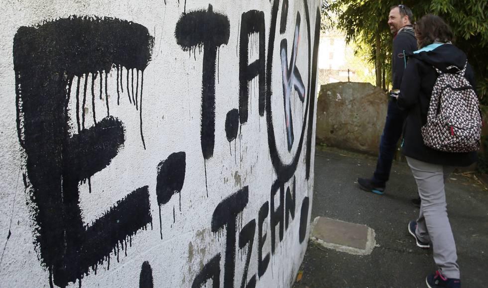 Una pintada de ETA en Bayona.