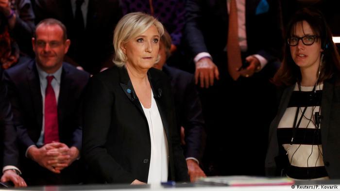 Frankreich Präsidentschaftswahlen TV Debatte (Reuters/P. Kovarik)