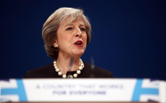 Elecciones anticipadas: Theresa May hizo el llamado en medio de las críticas