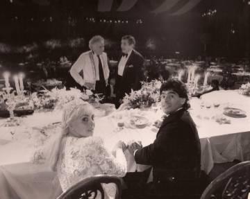 Diego Maradona y Claudia Villafañe se casaron en el Luna Park el 7 de noviembre de 1989, ante 1.200 invitados.