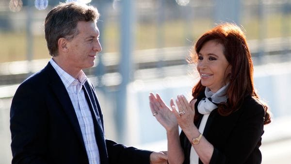 Mauricio Macri y Cristina Kirchner, juntos en un acto del ex gobierno kirchnerista (NA)