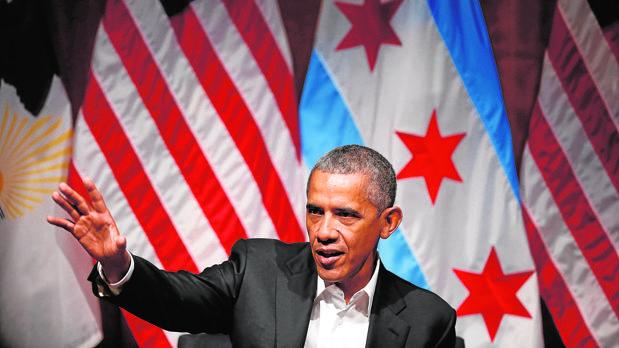 Obama, durante su primera aparición pública, en Chicago, tras dejar la Casa Blanca