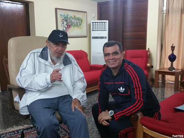 Padrino López con Fidel Castro