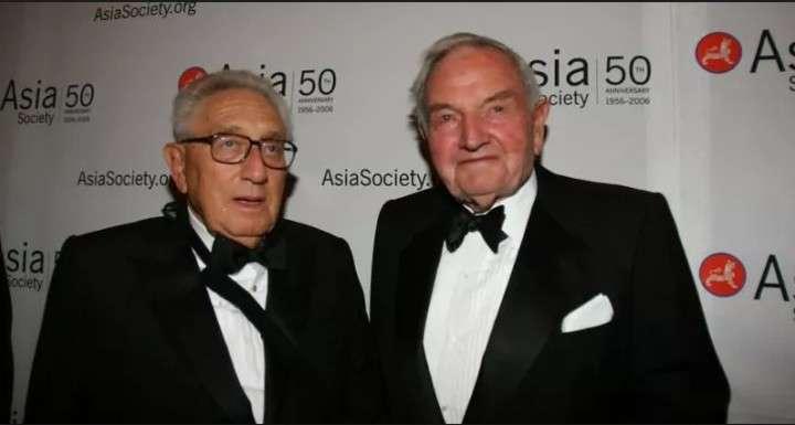 Empieza la reunión secreta de Bilderberg, la organización más poderosa del mundo