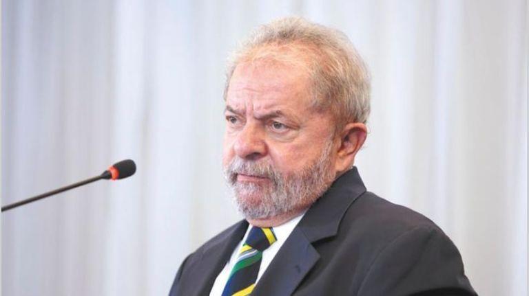 Bloquean bienes y cuentas de Lula tras su condena por corrupción