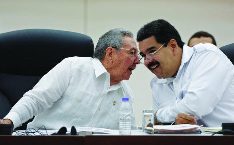 Raúl Castro y Nicolás Maduro, durante un encuentro en La Habana.