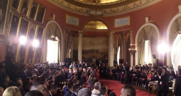 ¡BIENVENIDOS A LA REPÚBLICA COMUNISTA DE VENEZUELA!  Se instala la fraudulenta ANC en el Palacio Legislativo