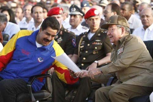 Maduro y Raúl Castro 9