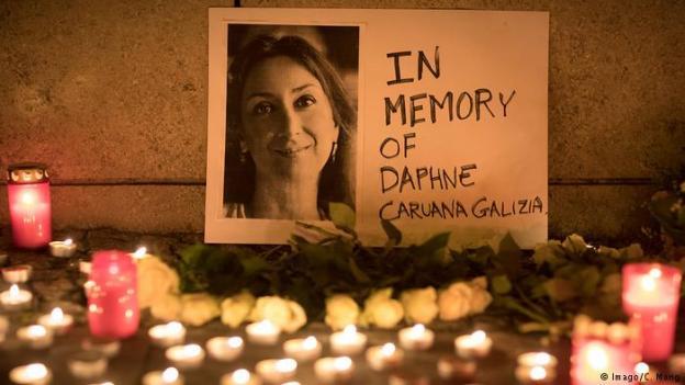 Berlin Mahnwache Daphne Caruana Galizia Malta Journalistin (Imago/C. Mang)
