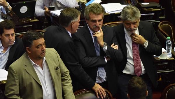 Diputados de la oposición pidieron que se levante la sesión (Amilcar Orfali)