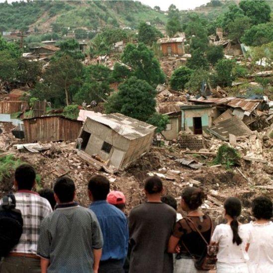 Destrozos causados en Honduras por el huracán Mitch.