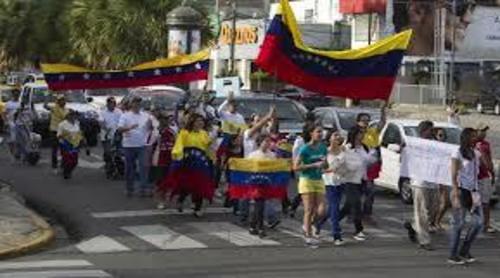 Más del 80% de dominicanos creen que se debe prohibir la entrada a venezolanos y haitianos