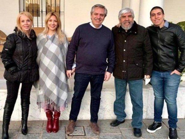 Alberto Fernández y Hugo Moyano se reunieron en Olivos, en plena pandemia, sin respetar el distanciamiento social.