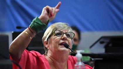 Nancy González fue una de las oficialistas que defendió y trabajó por la ley (Foto: Charly Diaz Azcue / Comunicación Senado)
