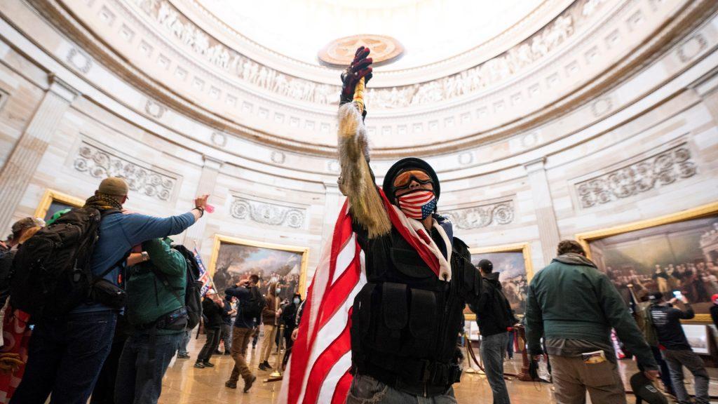Trump, Cosas peores, a menos que se apueste a la reconociliación. Imagen: EFE/EPA/JIM LO SCALZO