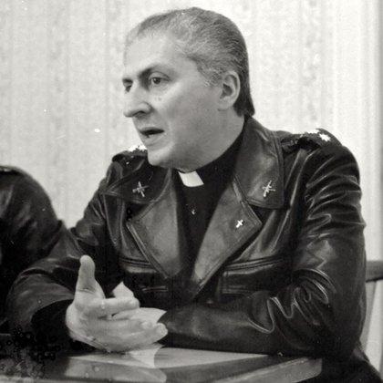 El padre Adur