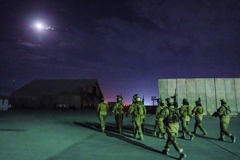 El avance de los talibanes sobre el aeropuerto de Kabul (MARCUS YAM / LOS ANGELES TIMES